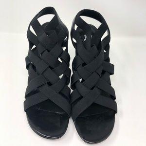 Donald J. Pliner Shoes - Donald J Pliner ( woman's U.S 11 )
